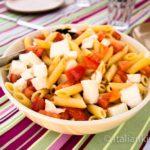 Penne Rigate con Mozzarella e Pomodori
