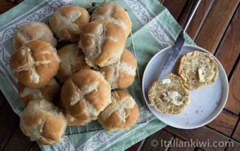 Hotcross Buns for Easter